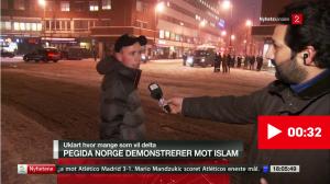 TV2s Kadafi Zaman må ha vært strålende fornøyd med å ha funnet en rasistisk sinnsforvirret ung mann, muligens en provokatør.